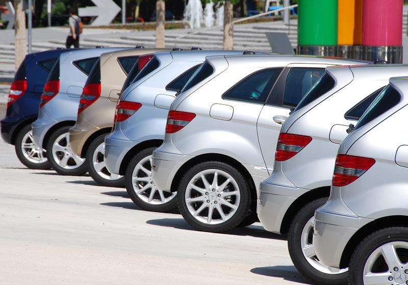 Opinie o samochodach – dlaczego warto mieć własną