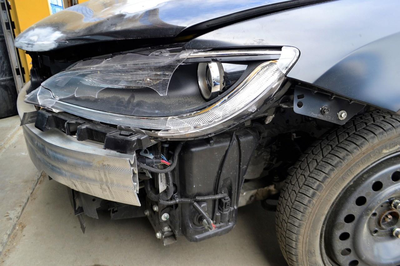 Naprawa auta z OC sprawcy – czy warto w aso?