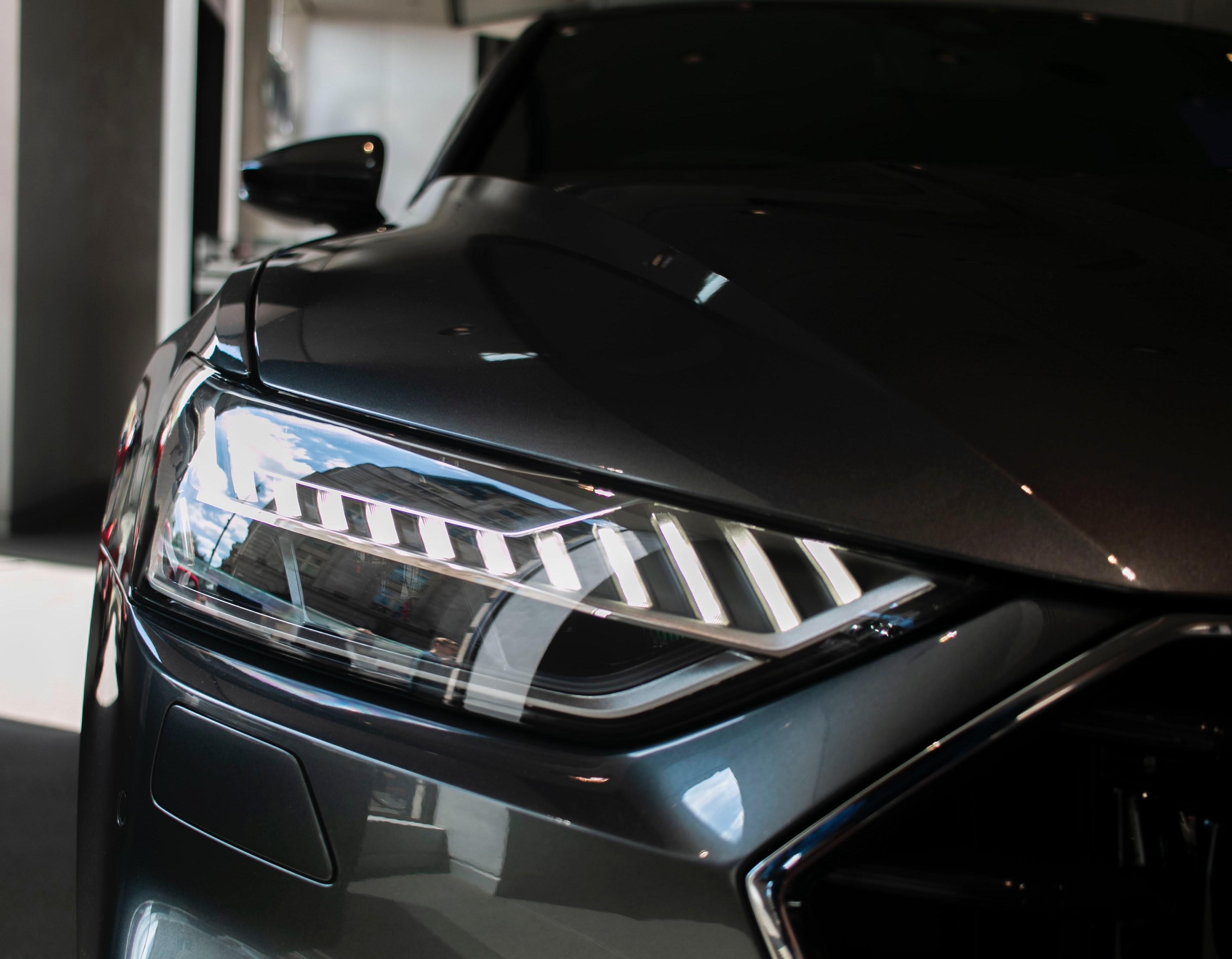 Odbiór nowego samochodu z salonu krok po kroku –  zobacz, na co uważać